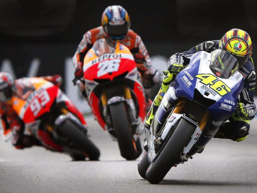 Assen (Olanda)Valentino Rossi e lo spagnolo   Marc Marquez  (Ansa/Catrinus Van Der Veen)