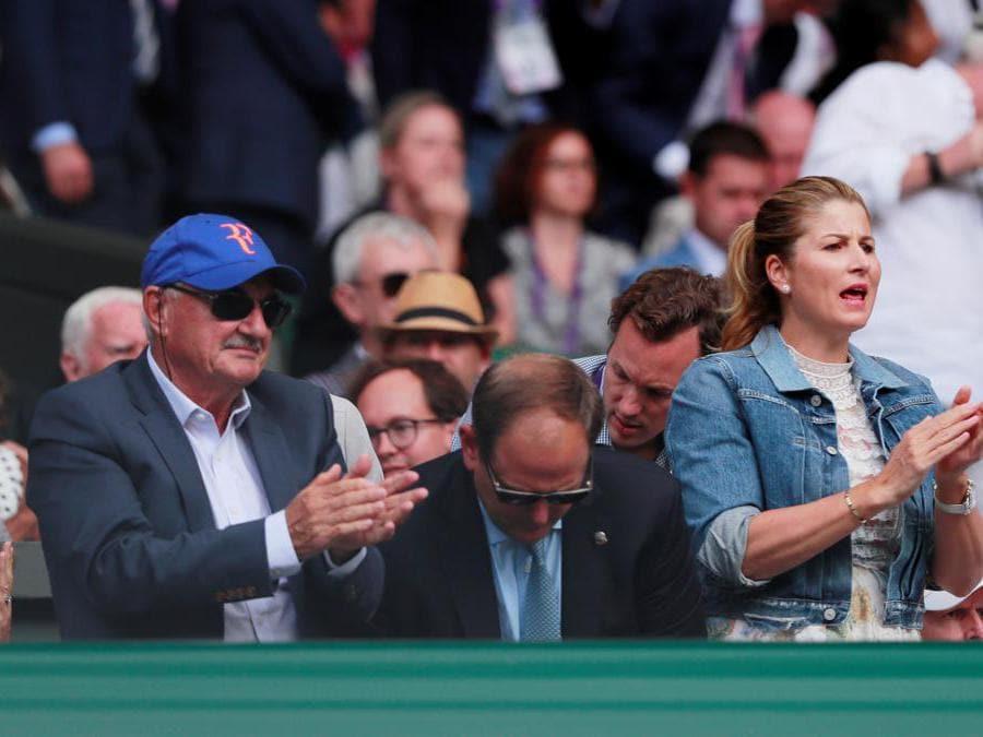 Robert Federer e Mirka Federer . REUTERS/Andrew Couldridge