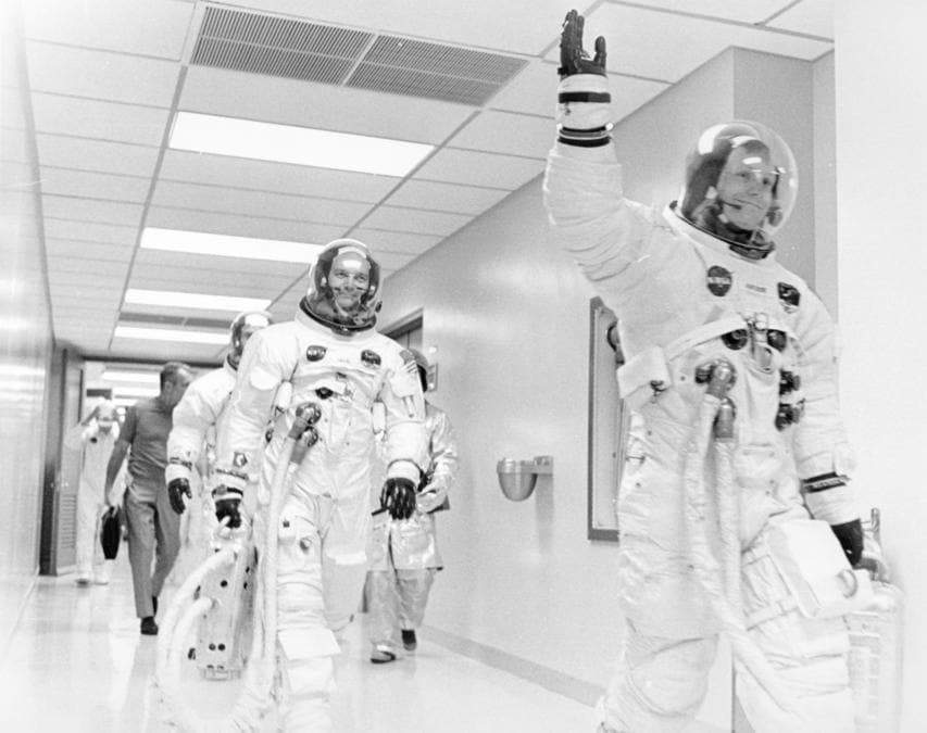 16 luglio 1969, Cape Canaveral, Florida. Neil Armstrong, Mike Collins, Buzz Aldrin e Deke Slayton (Reuters)