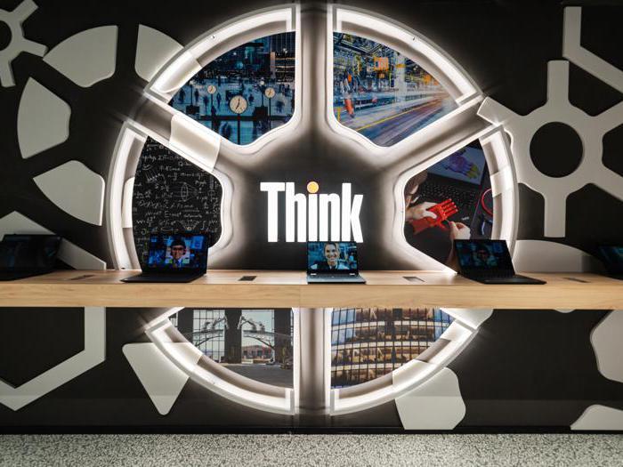 Il nuovo concept store di Lenovo a Milano