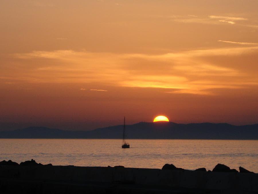 Santorini, Grecia. (James Vo)