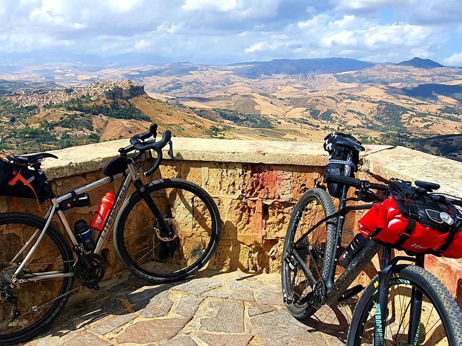 Calascibetta vista dalla Rocca di Enna