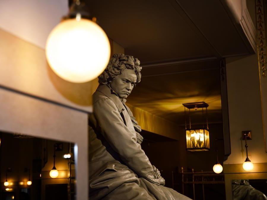Beethoven monument in the Wiener Konzerthaus - Vienna Tourist Board, Paul Bauer